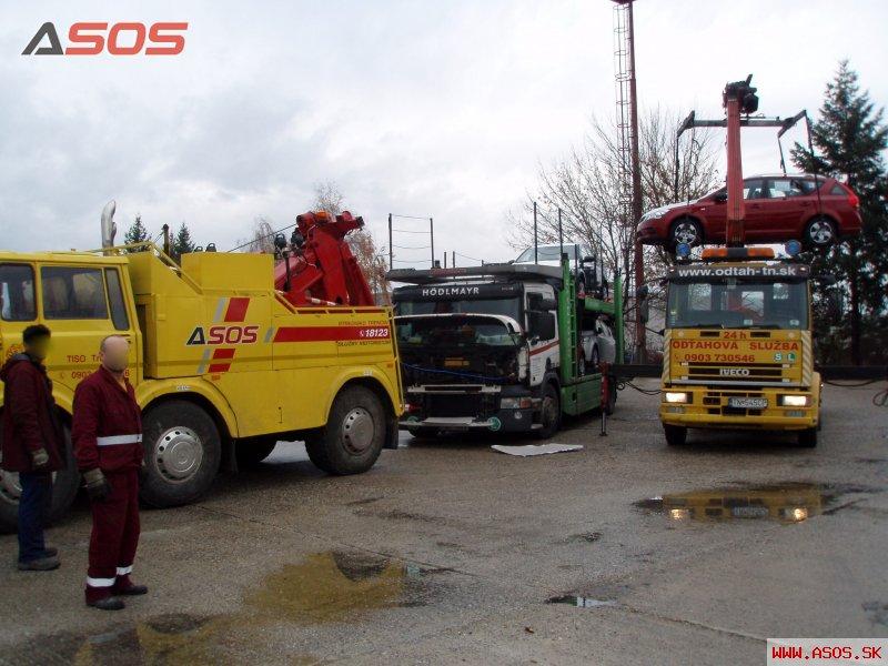Zadretý motor na kamióne