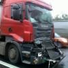 Zrážka dvoch kamiónov paralyzovala diaľničný vjazd do Bratislavy